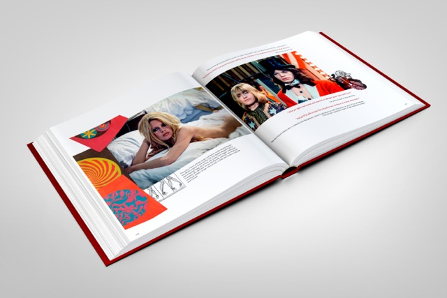 stones-circus-book-mockup-06